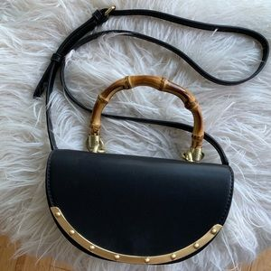 Sam Edelman Dinah Half Moon Top Handle Purse - Blk